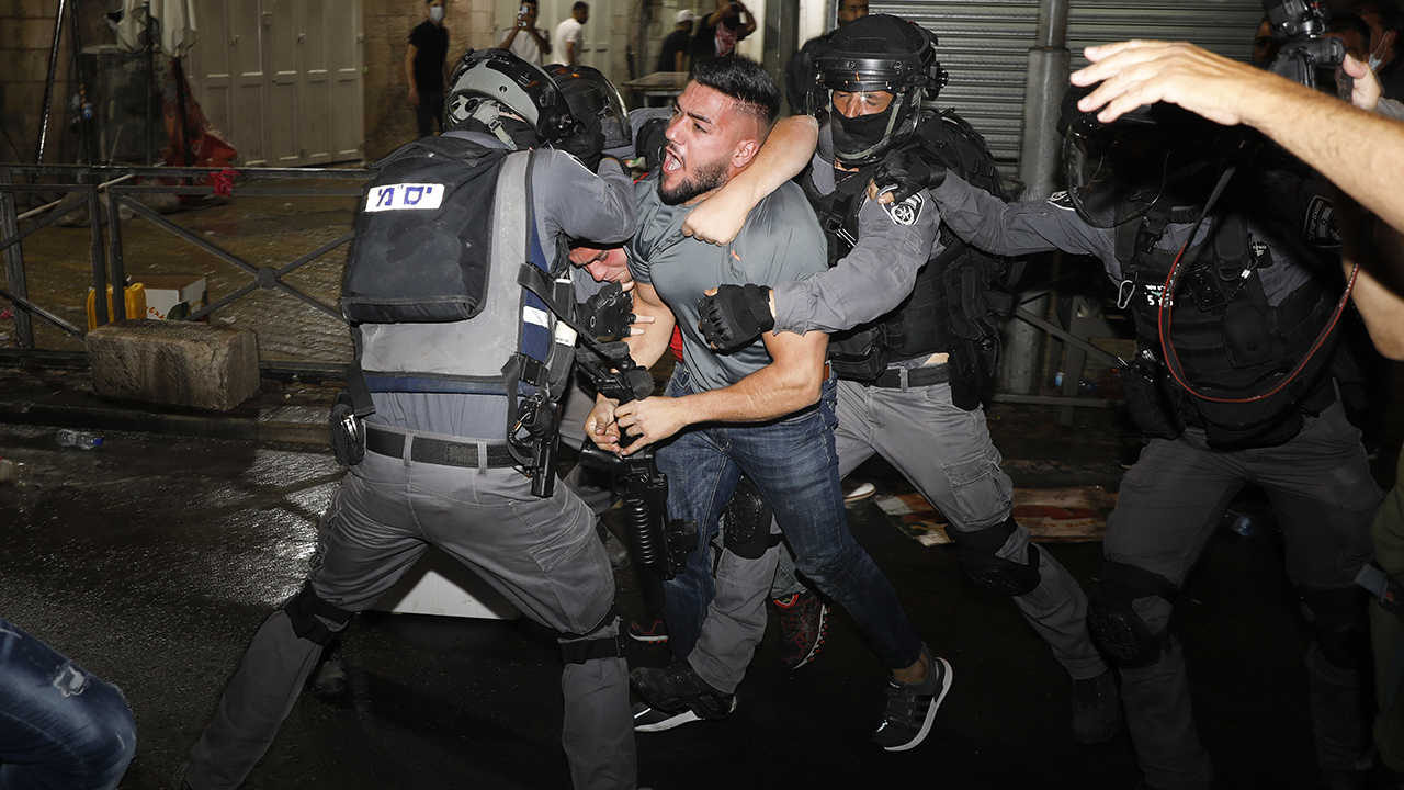 Israeli police, Palestinians clash at Jerusalem holy site - fox