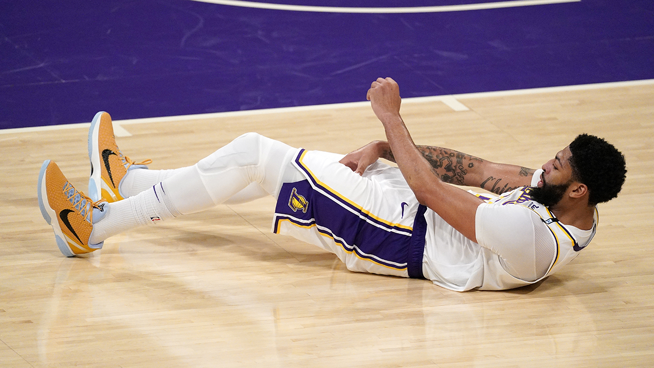 Lakers star Anthony Davis unlikely to play in Game 5 vs. Suns: report – Fox News