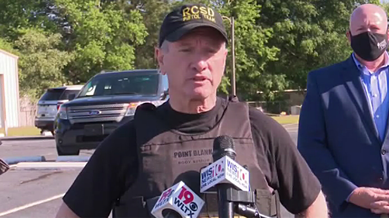 Fort Jackson trainee arrested after hijacking school bus while carrying gun - fox
