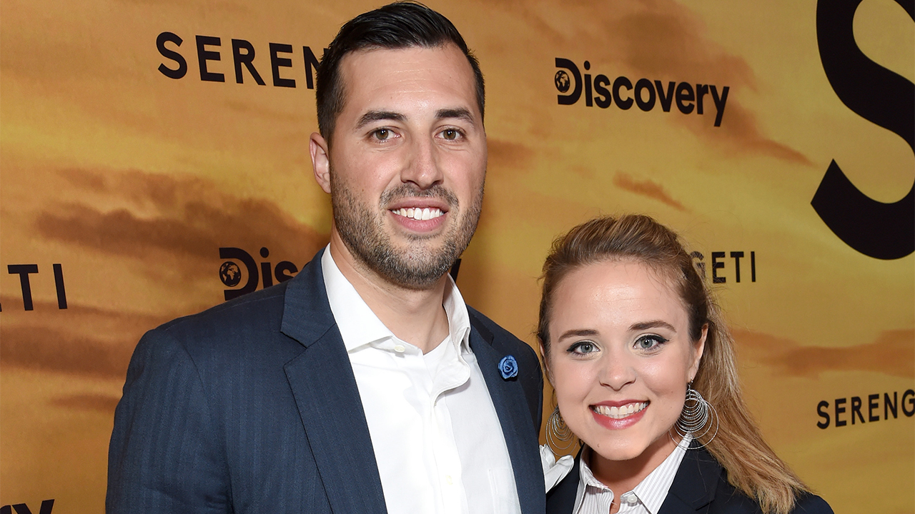 Jinger Duggar details her decision to wear pants despite religious upbringing: 'My convictions were changing' - Fox News