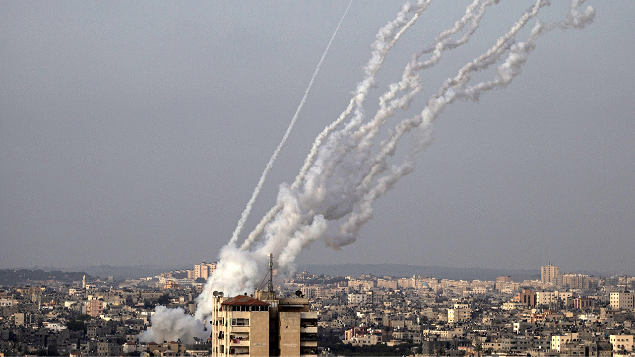 Israel, Hamas continue to exchange fire as deadly confrontation persists