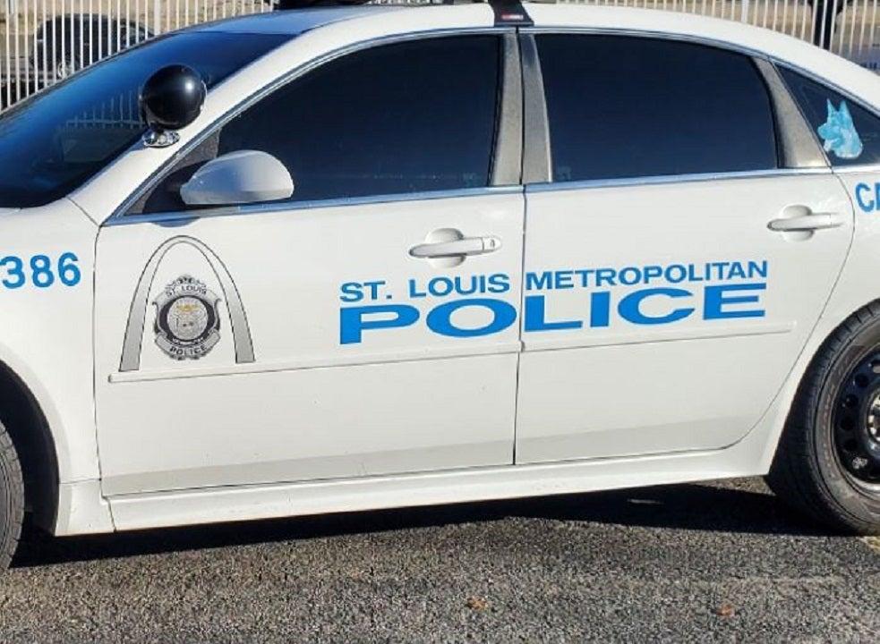 St. Louis police officer shot, taken to hospital