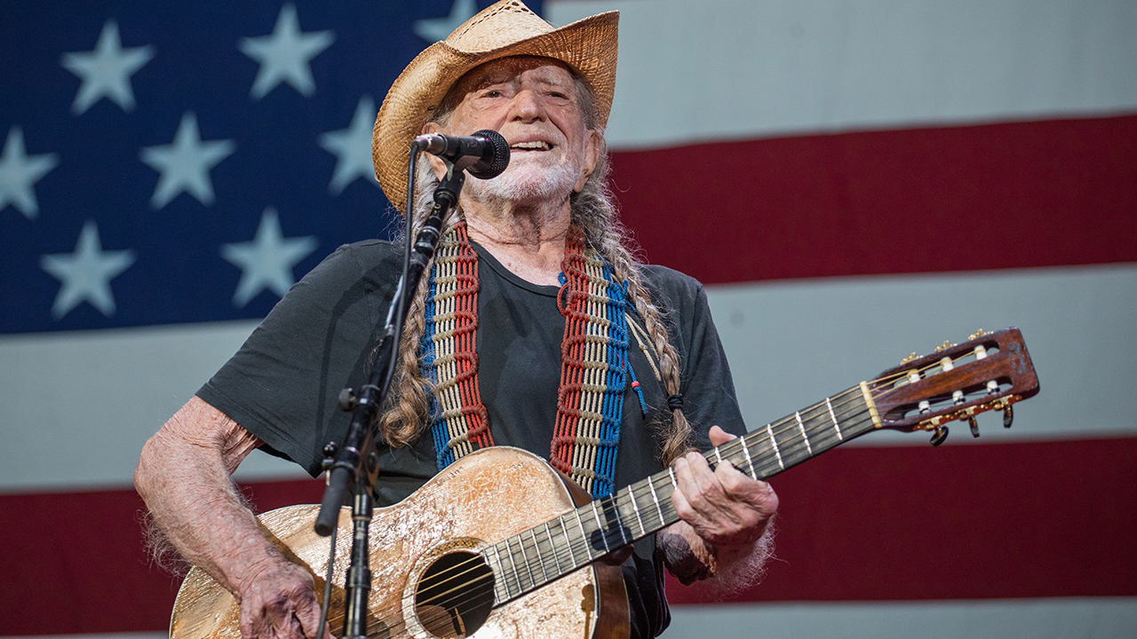 Willie Nelson performs 'Vote 'Em Out' at Texas rally in support of voting rights