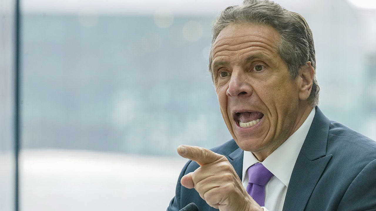 Cuomo dismisses question about signing $5M book deal while New Yorkers died: 'That's stupid' – Fox News