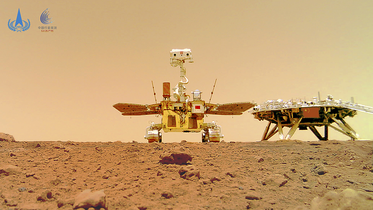 Photos show China's Mars rover on red planet – Fox News