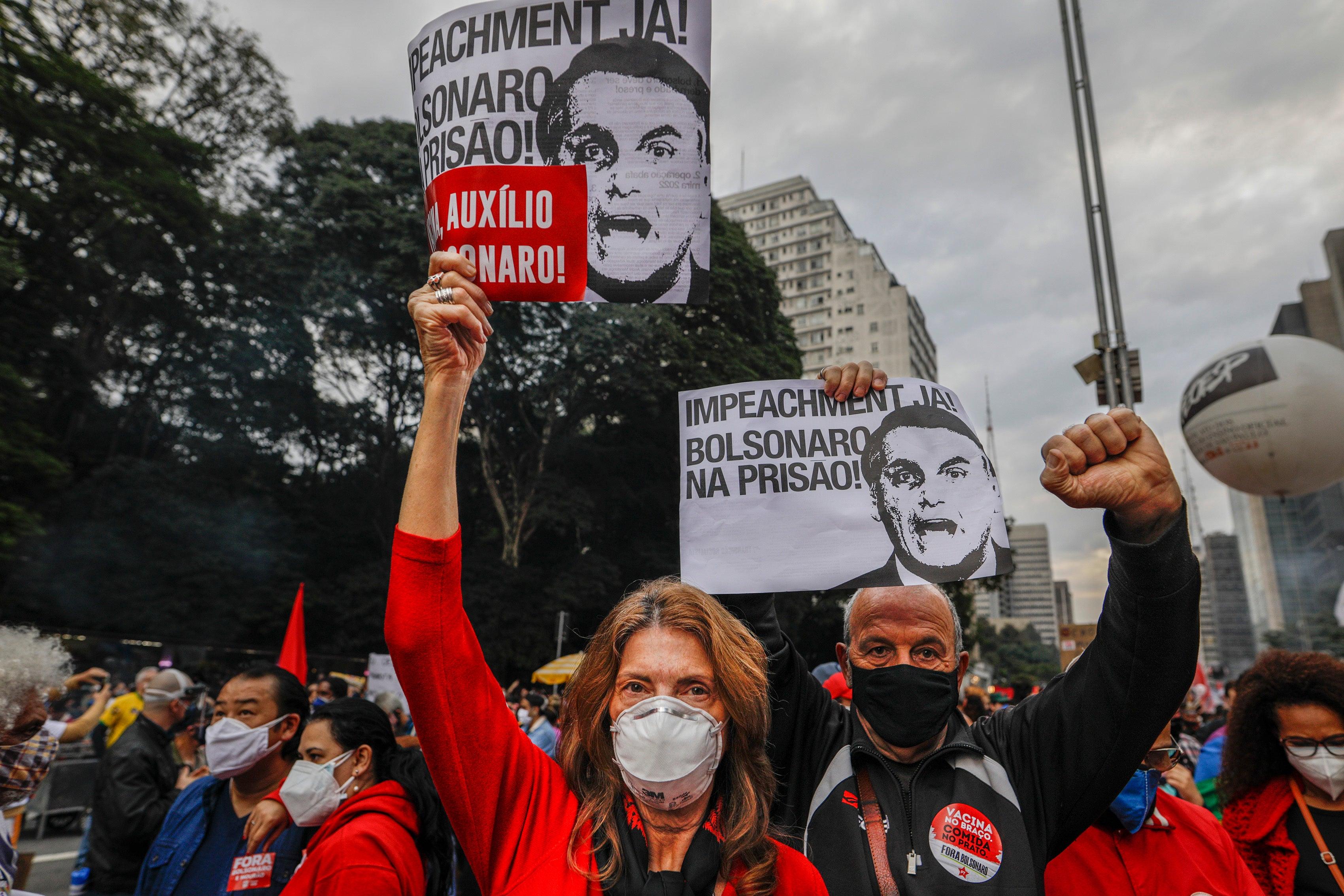 As Brazil tops 500K COVID-19 deaths, protests rage against President Jair Bolsonaro - fox
