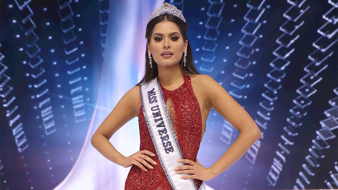 Miss Universe Andrea Meza says she was unemployed before winning: 'My family was struggling'