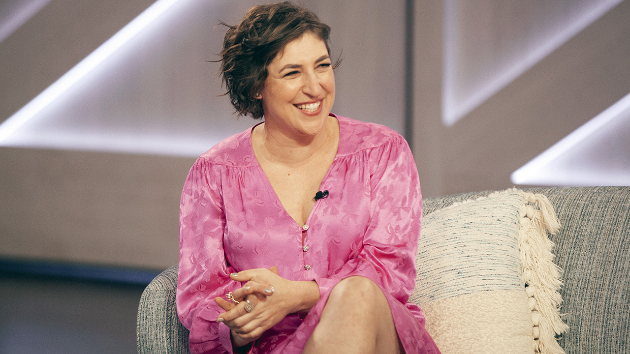 'Big Bang' alum Mayim Bialik says she 'felt different' growing up in Hollywood: 'It was definitely abnormal' – Fox News