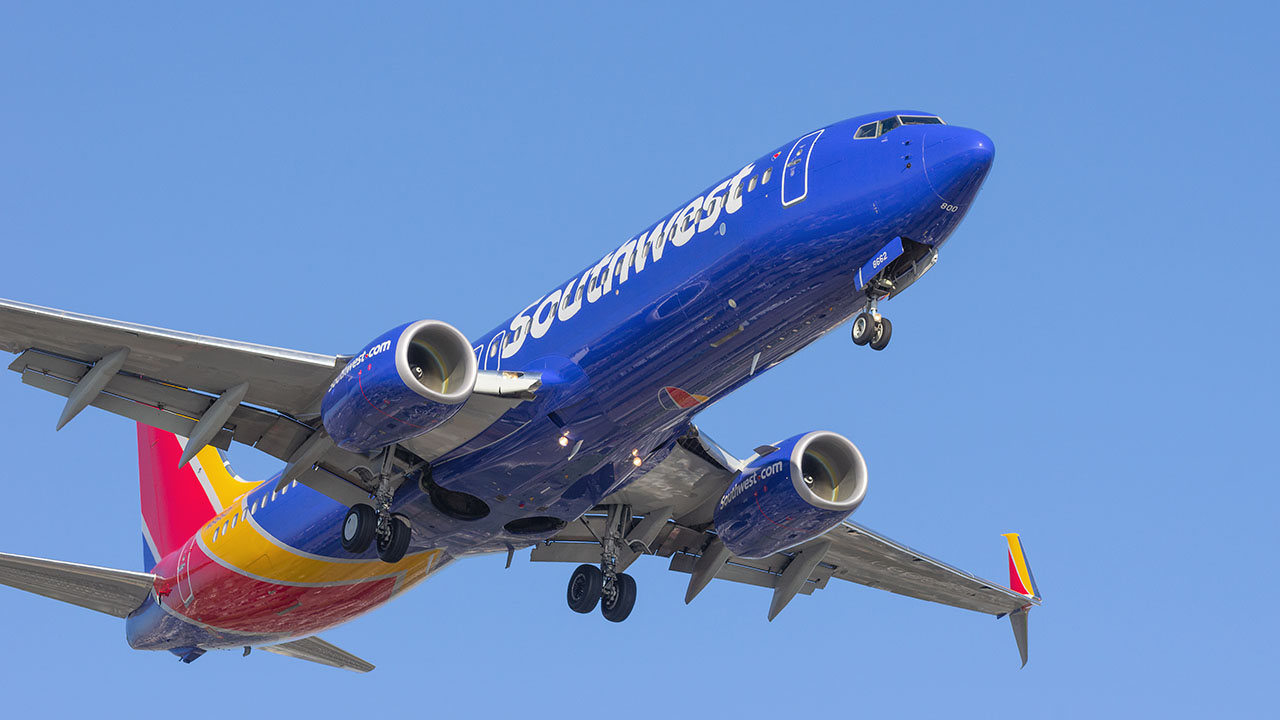 Southwest Airlines passenger dispute that left cell phone smoldering forces plane to divert course