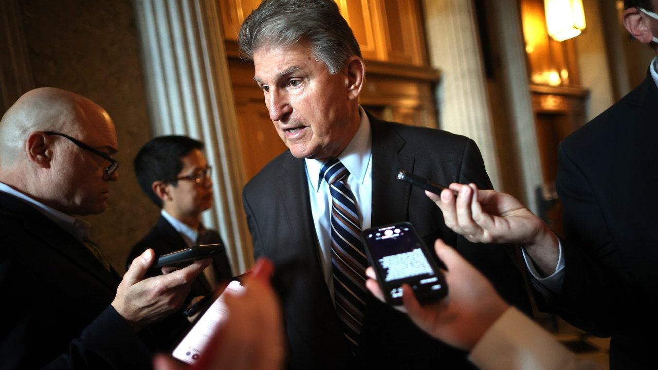 Liberal dark money-led coalition cranks up pressure on Manchin, Democrats to nuke filibuster