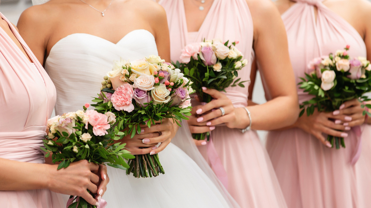 Bride explains bridal party costs, expectations in letter to bridesmaids