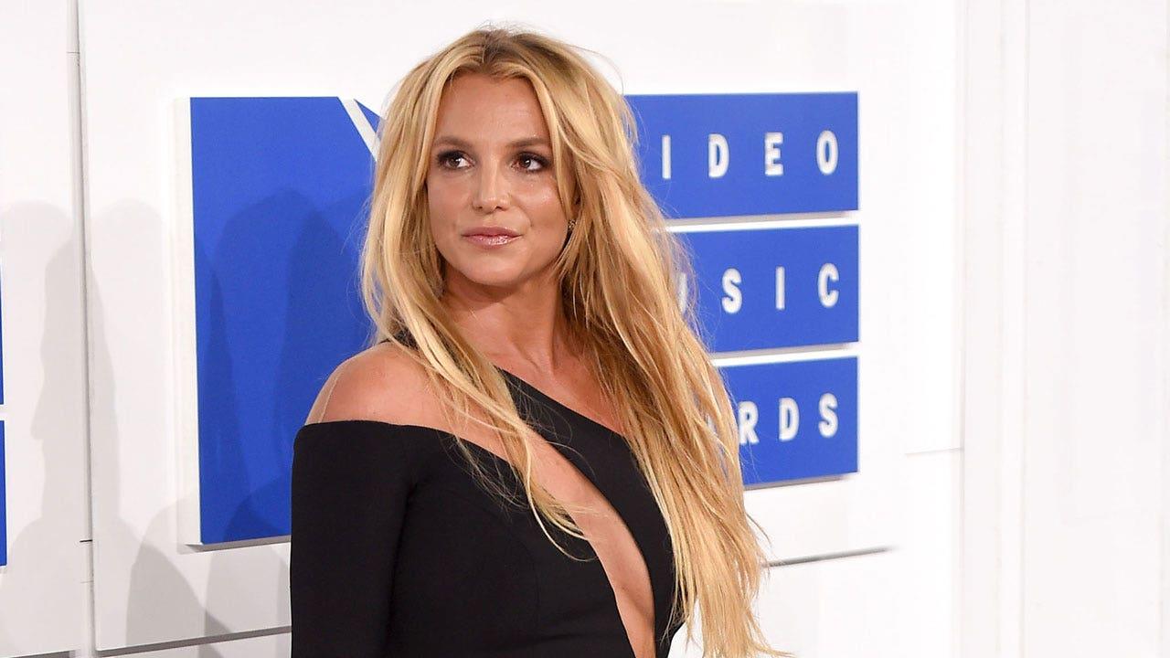 Britney Spears deletes Instagram as she takes social media break to celebrate engagement: 'I'll be back soon' – Fox News