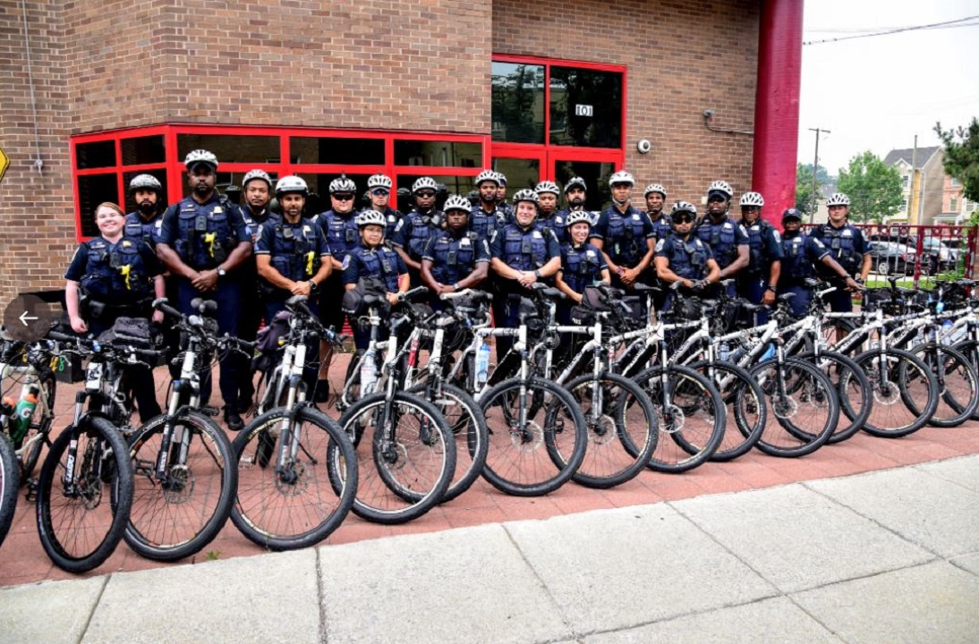 DC police to put officers on bicycles, scooters to patrol high-crime neighborhoods amid crime wave