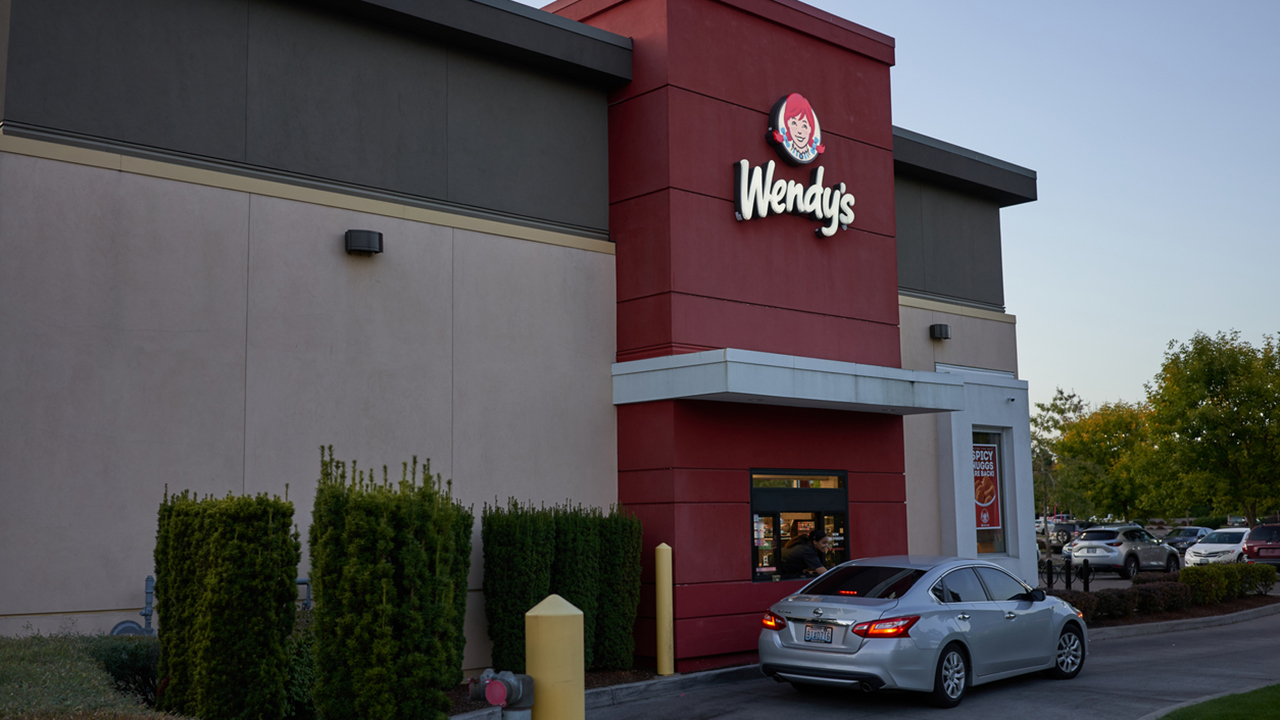 Florida Wendy's shooting leaves three dead after suspect opens fire at drive-thru