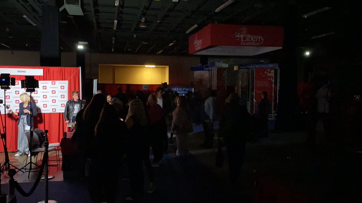Power briefly goes out at CPAC, massive conservative political conference