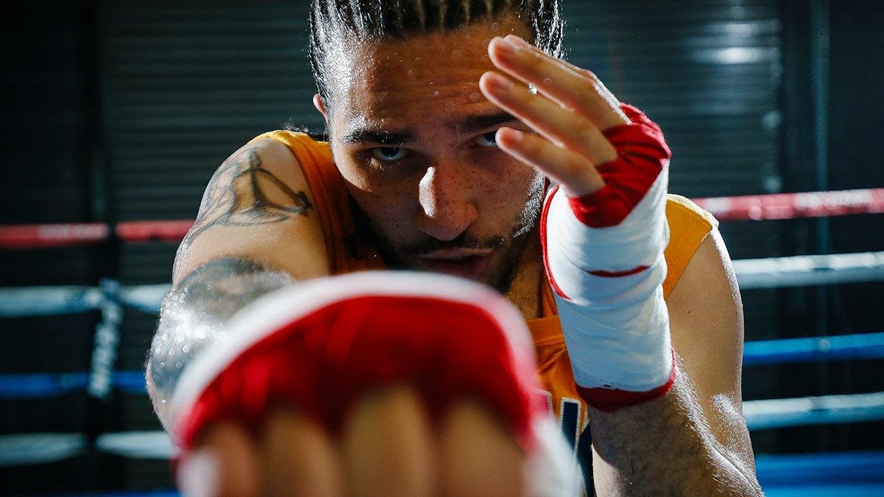 Nico Ali Walsh, Muhammed Ali's grandson, wins his pro boxing debut.
