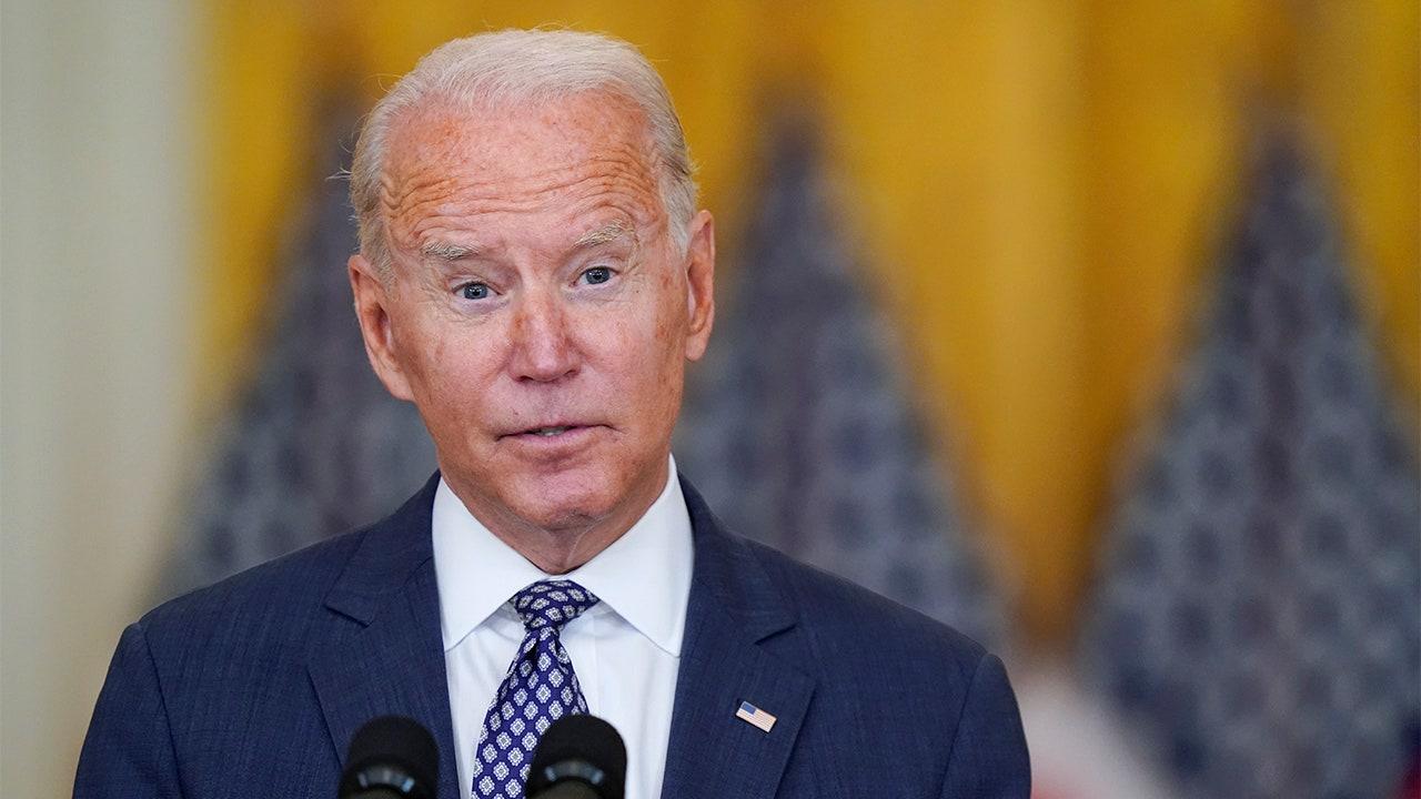 Dan Bongino calls for Joe Biden's resignation – Fox News