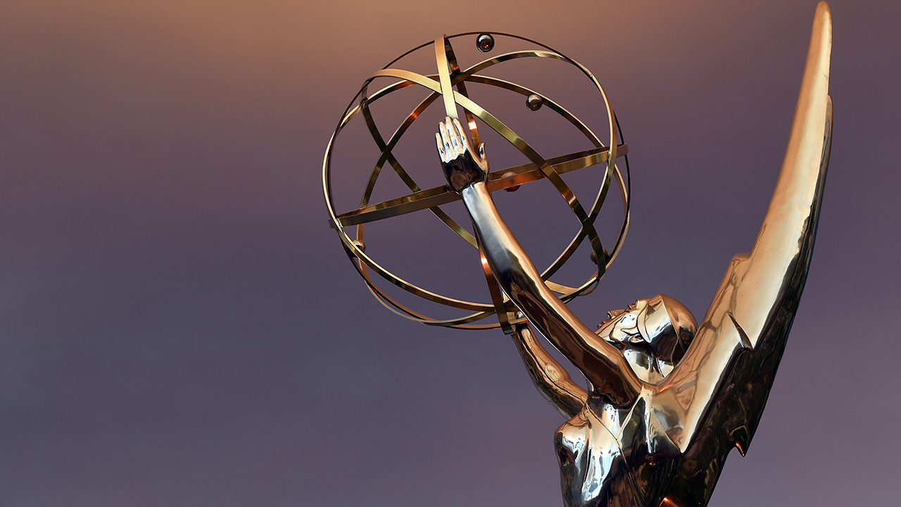 Photo of Emmys will require attendees to provide proof of COVID-19 vaccination, negative test results