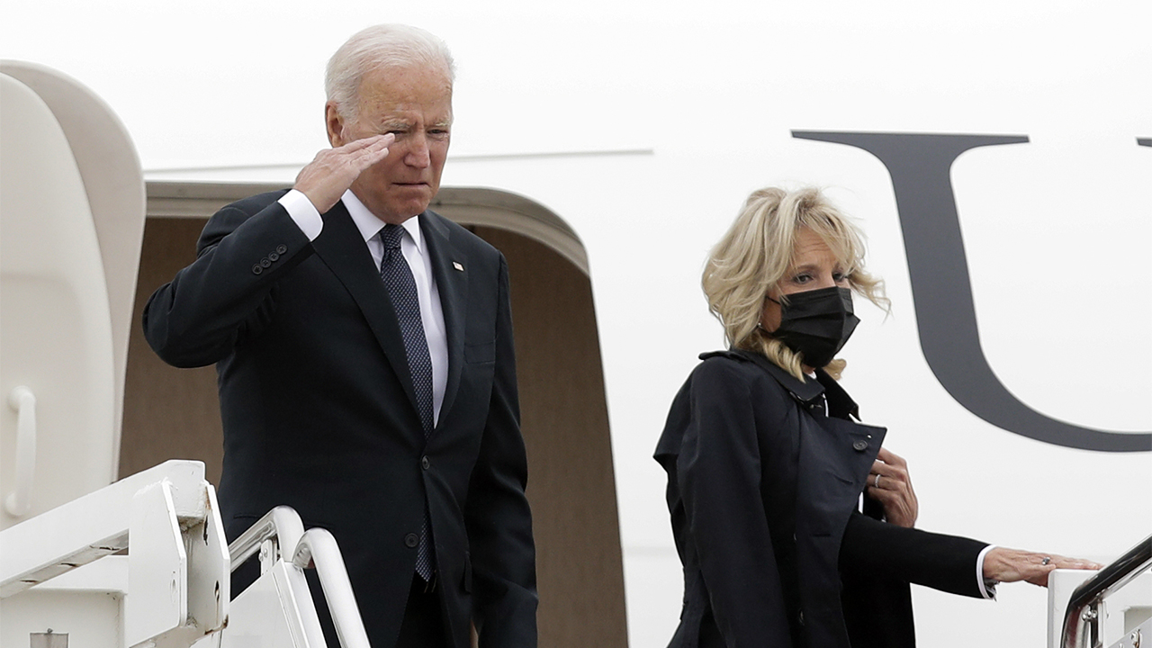 Biden to receive bodies of 13 service members killed in Kabul airport attack – Fox News