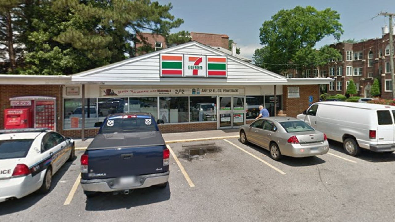 Virginia 7-Eleven clerk shoots, kills man during alleged botched robbery attempt, police say