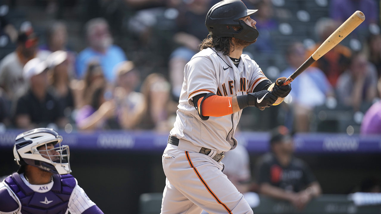 Giants get 4 in 9th to beat Rockies; 1st team with 90 wins
