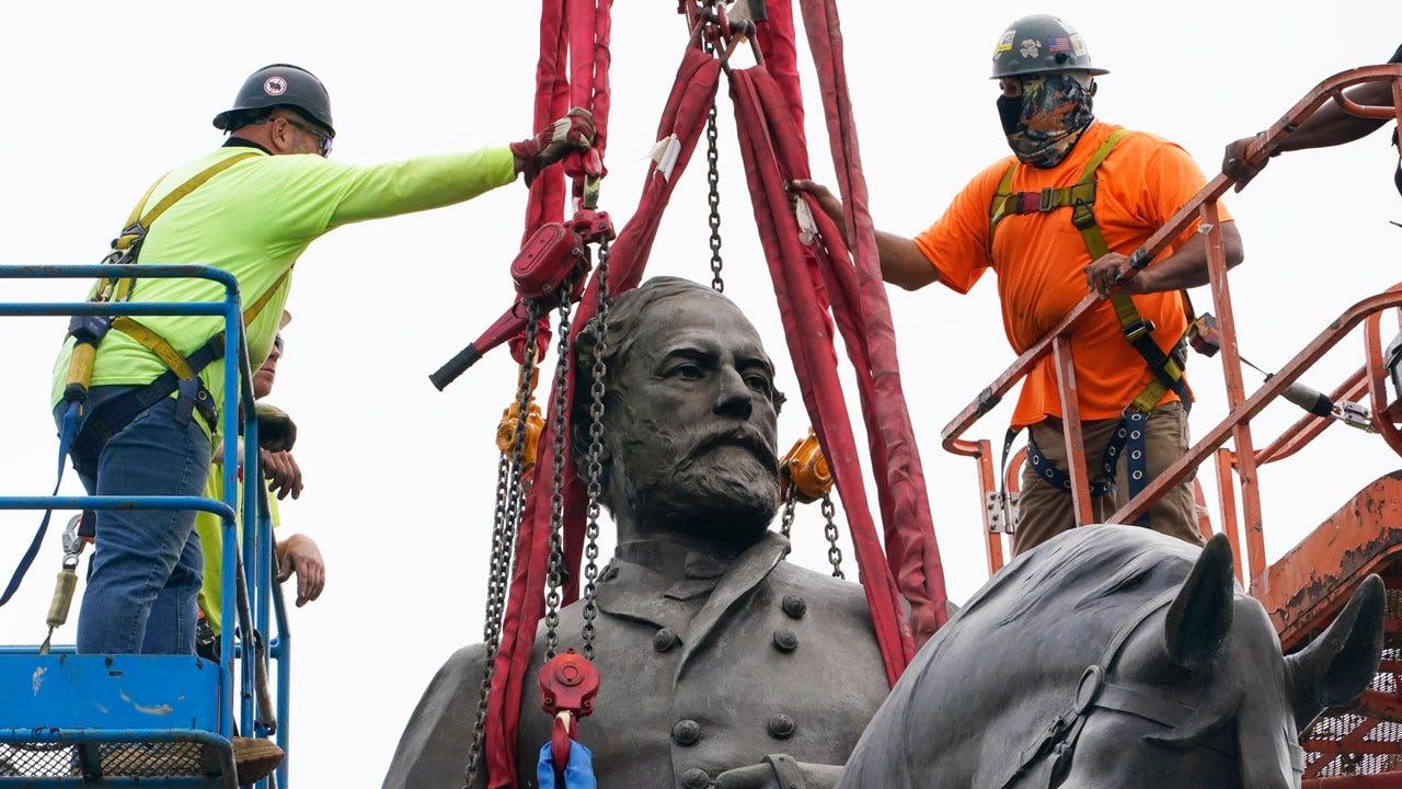 Statue of Confederate Robert E. Lee taken down in Virginia