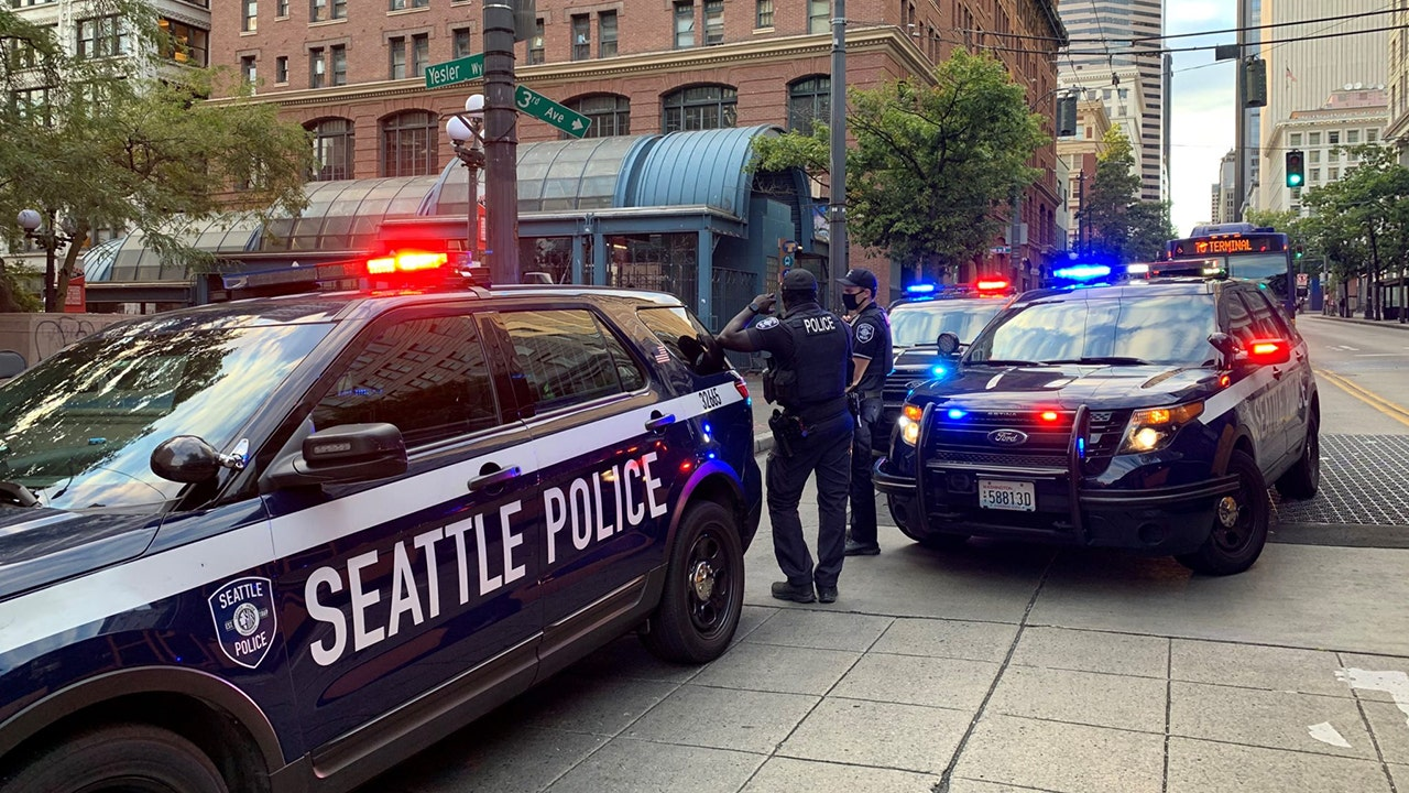 Seattle could lose over 200 cops due to COVID vaccine mandate, report says