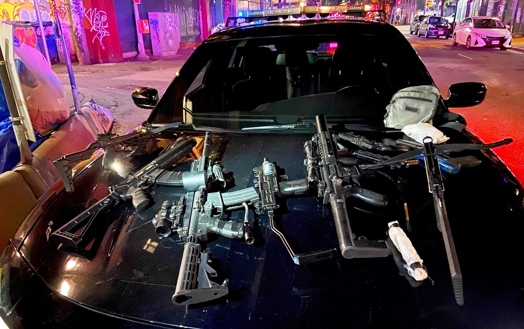 Vancouver police discover weapons stash after homeless shot with arrow