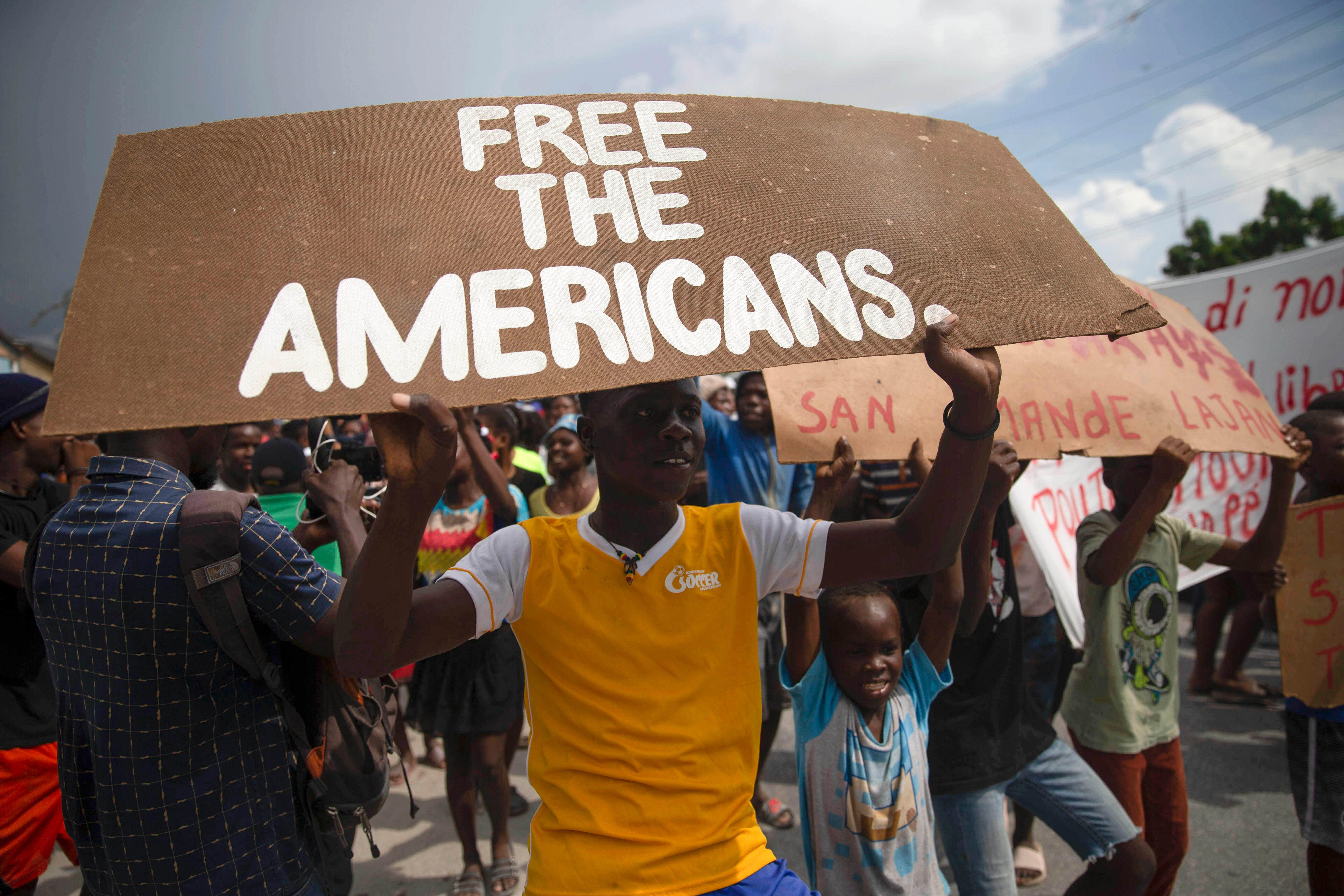 Haiti gang leader threatens to kill kidnapped missionaries