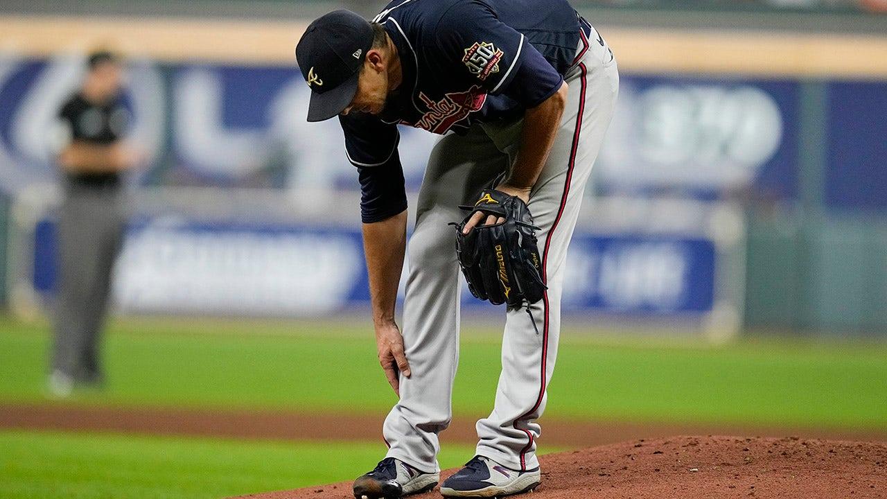 Braves' Charlie Morton exits World Series Game 1 with brutal leg injury
