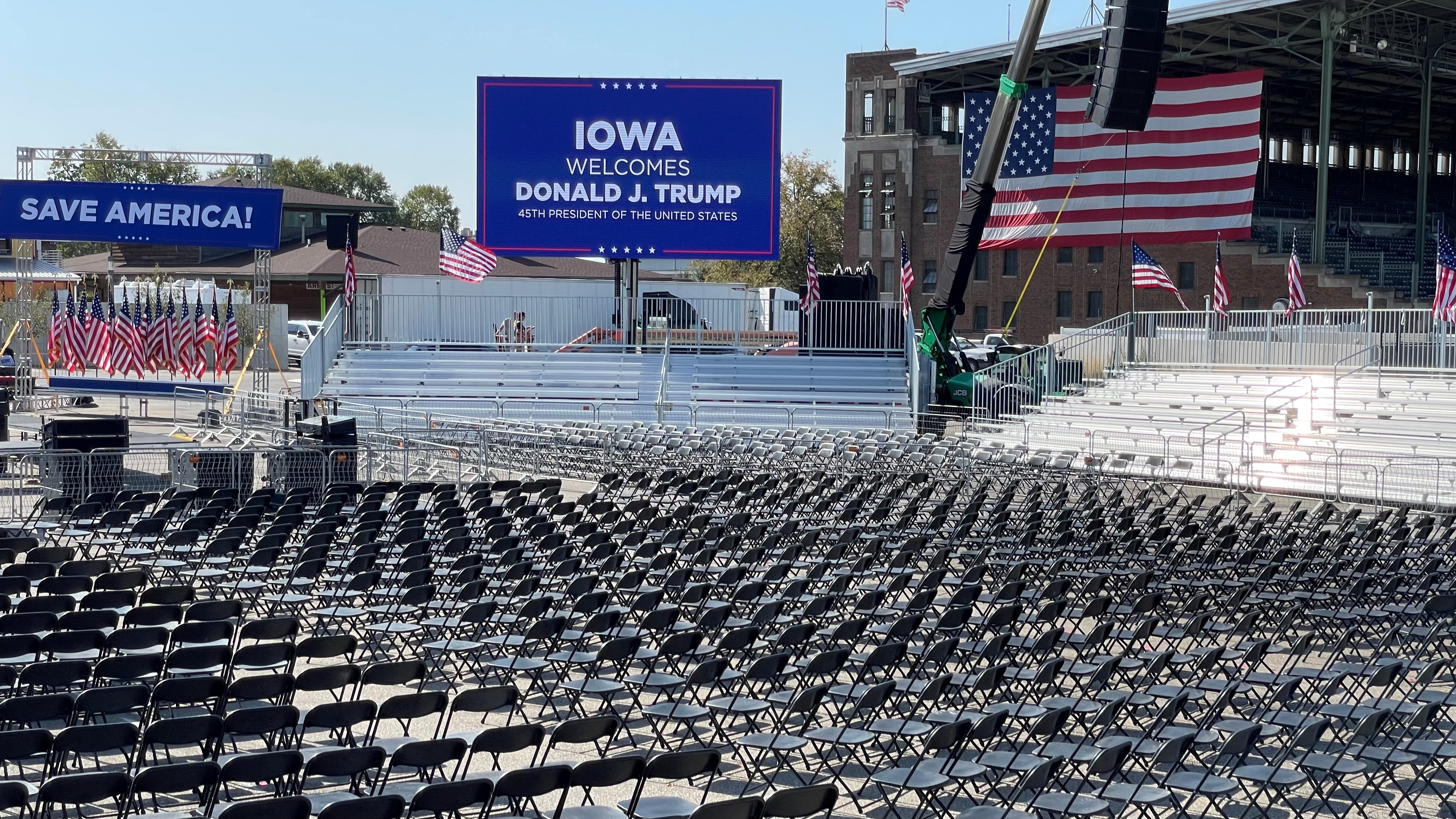 Trump's team in Iowa has eyes on 2022, but their presence gives him an early 2024 leg up