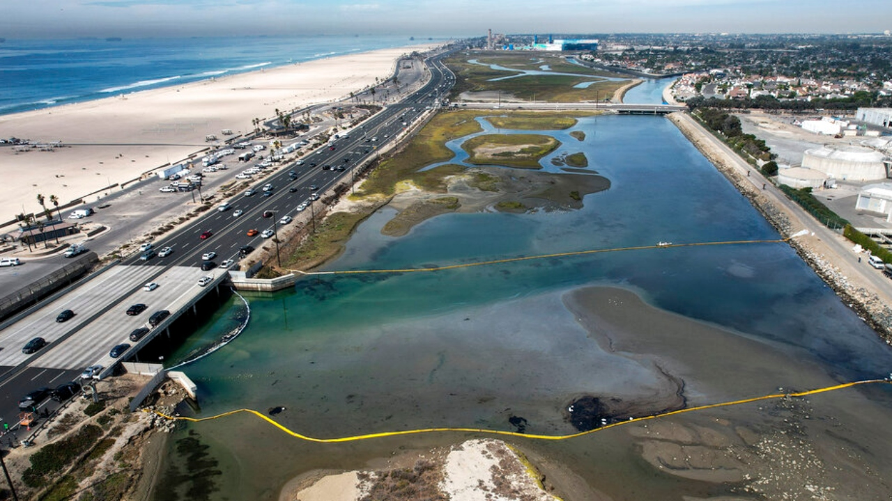 California AG investigating oil spill that forced Huntington Beach to close
