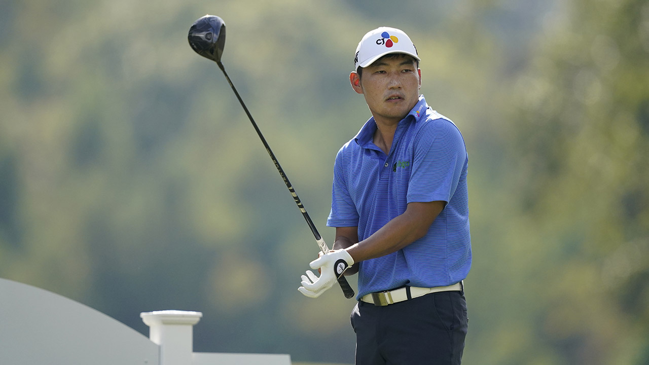 Sung Kang eagles last hole for 61 and 2-shot lead in Vegas