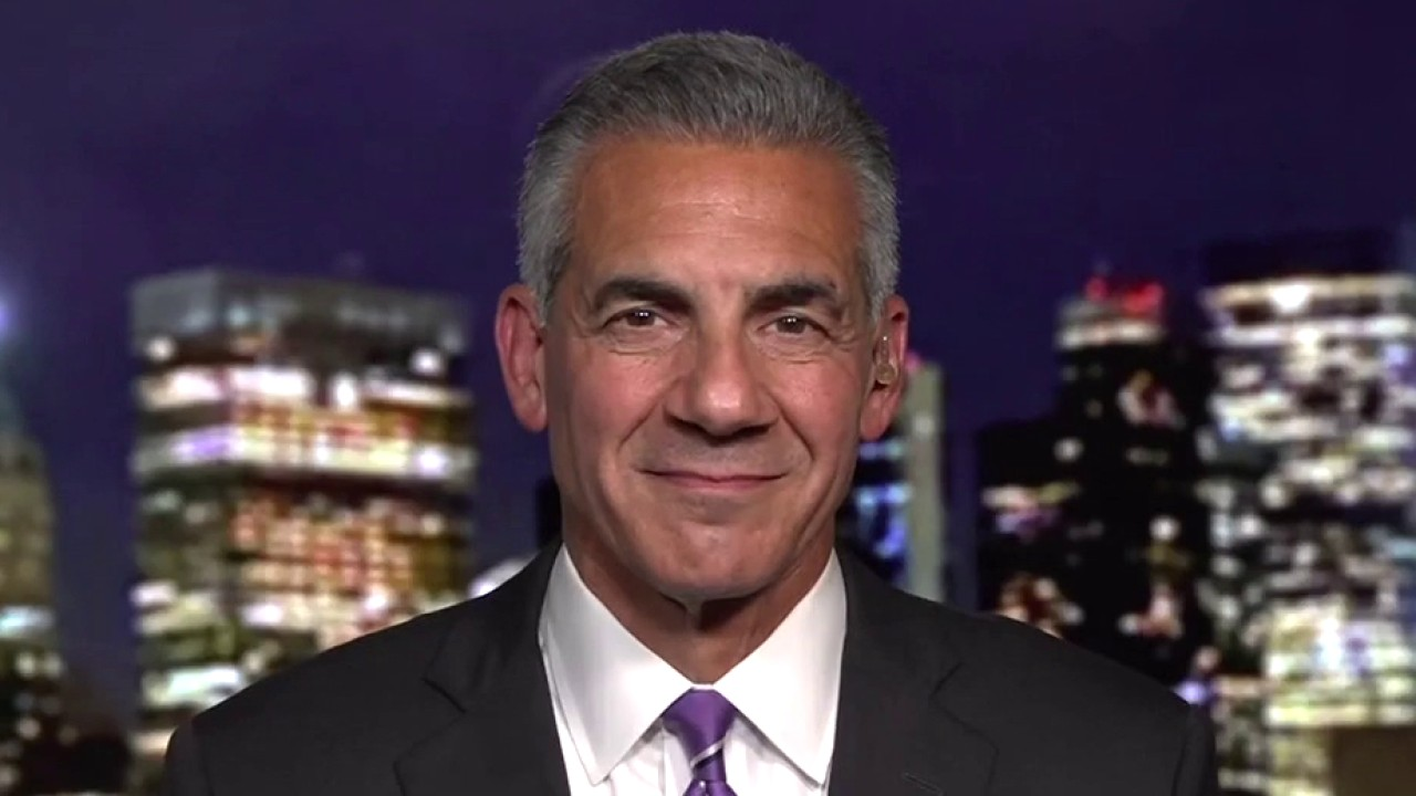 NJ GOP gov candidate Jack Ciattarelli rips 'tone deaf elitist' Phil Murphy as polls narrow