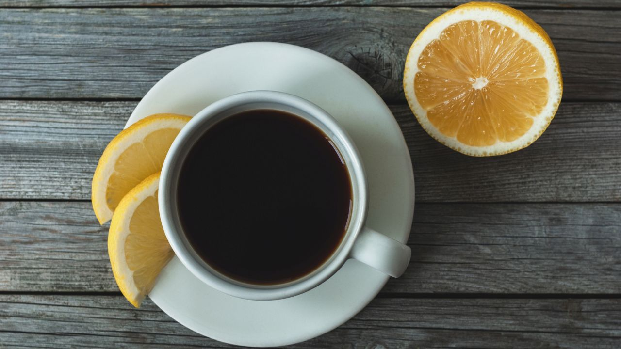 'Lemon coffee' trend on TikTok shouldn't be done, health experts say - Fox News