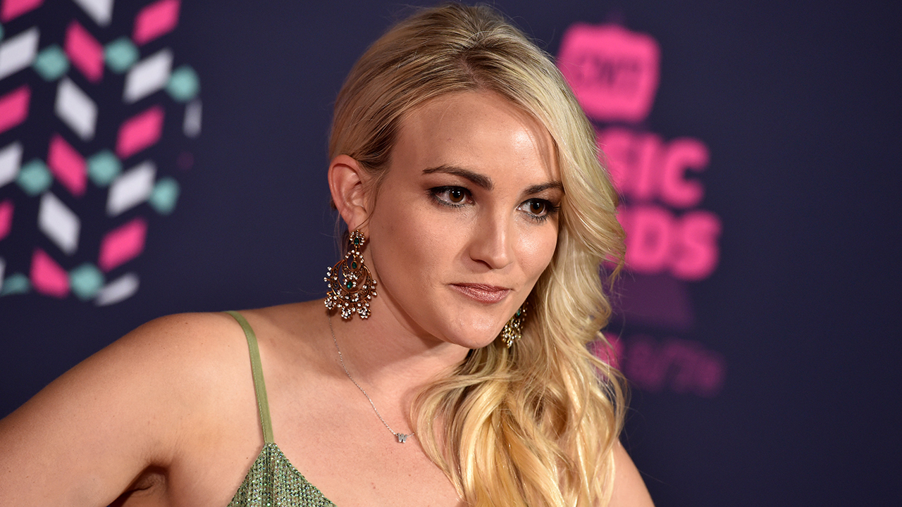 Jamie Lynn Spears claims parents pressured her to get an abortion
