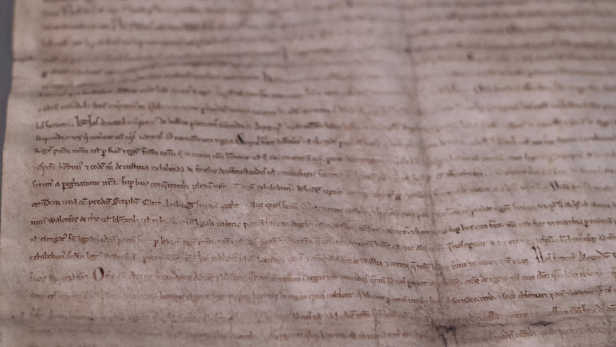 Early edition of Magna Carta discovered in Victorian scrapbook