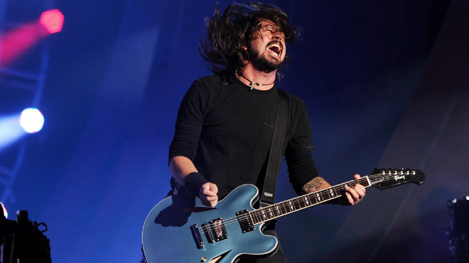 foo-fighters-dave-grohl-660-AP.jpg