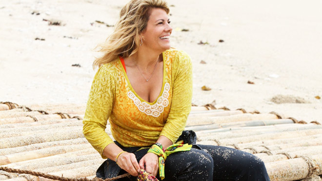 lisa-whelchel-survivor-on-raft-660.jpg