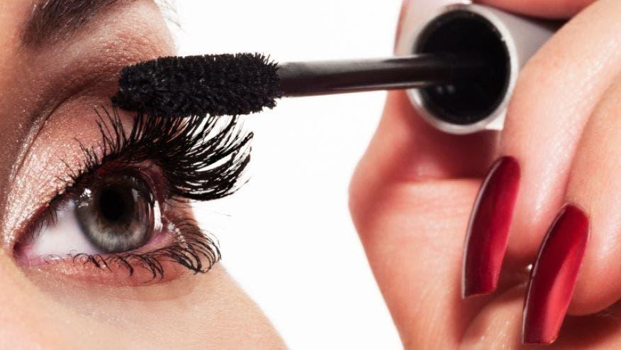 mascara_makeup.JPG
