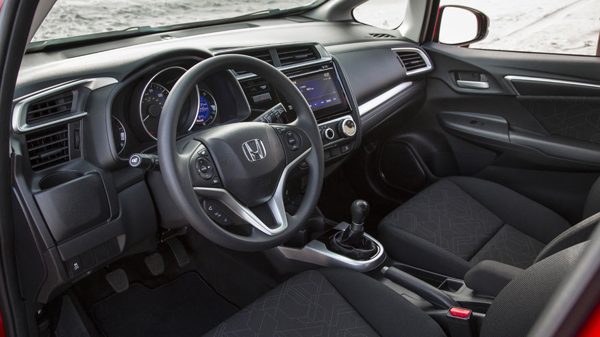 15-honda-fit-dash.jpg