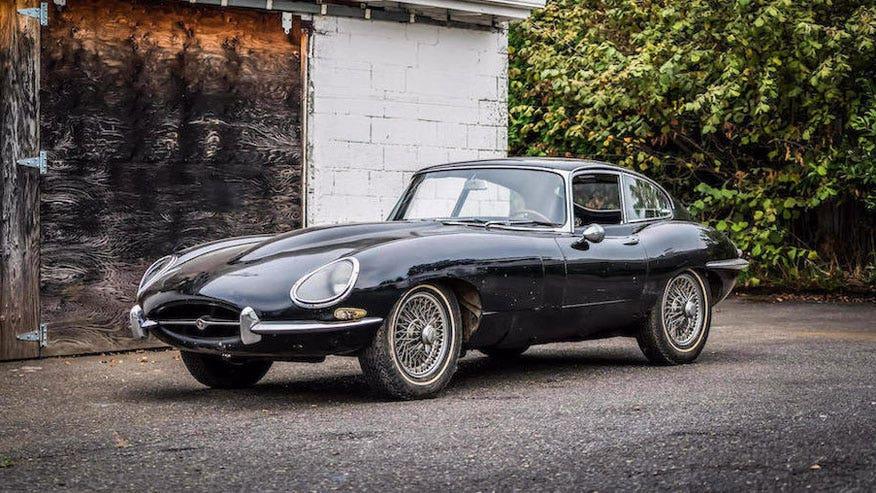 1965-Jaguar-E-type-Bonhams-876.jpg