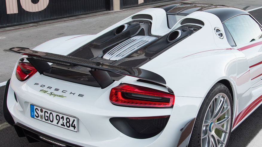 porsche 918 exhaust flames images. Black Bedroom Furniture Sets. Home Design Ideas