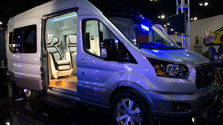 FordSkylinerTransitConceptexterior.jpg