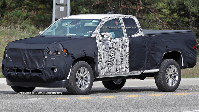 Chevrolet Colorado replacement hits the road