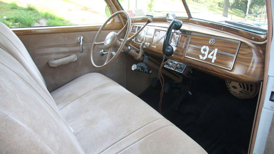 classic-cop-cabin-876.jpg