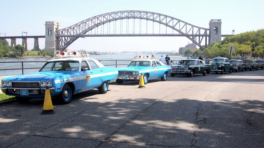 classic-cop-cars-876.jpg