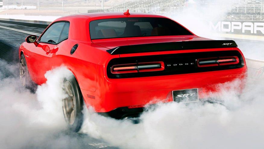 hellcat-smoke-876.jpg