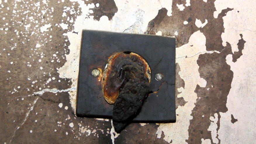 home-fire-876.jpg