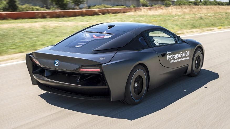 i8-hydrogen-rear.jpg